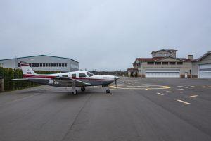 Hangar_10